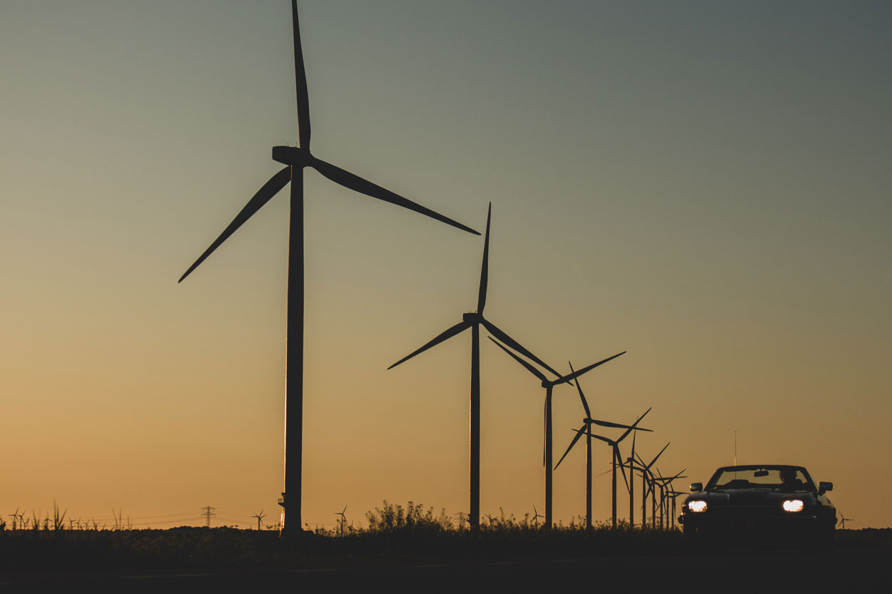 VECKTA - Why do electric vehicles need microgrids